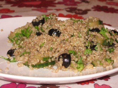 Quinoa Salad with Cucumber and Black Olives