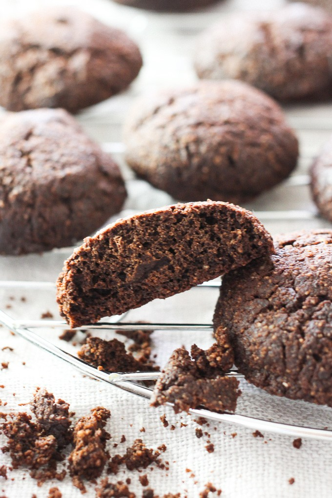 Almond Flour Chocolate Cookies