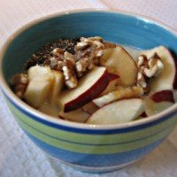 The Perfect Breakfast – Quinoa with Fruit, Walnuts and Chia Seeds