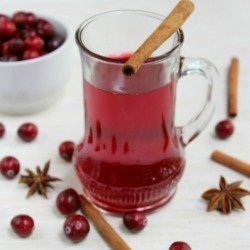 Healthy Holiday Treats – Cranberry Punch + Mulled Wine