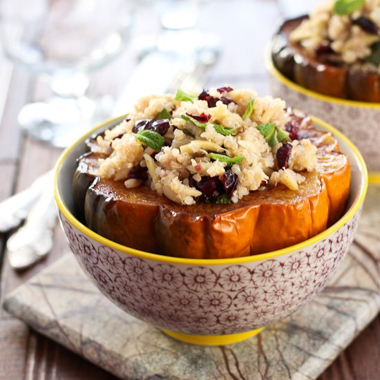 Roasted Acorn Squash Stuffed with Quinoa Salad | mariaushakova.com