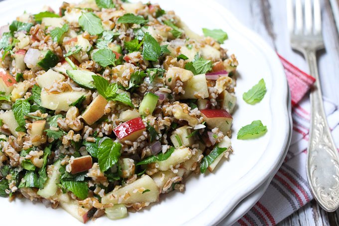 Tabbouleh Salad with Apples_