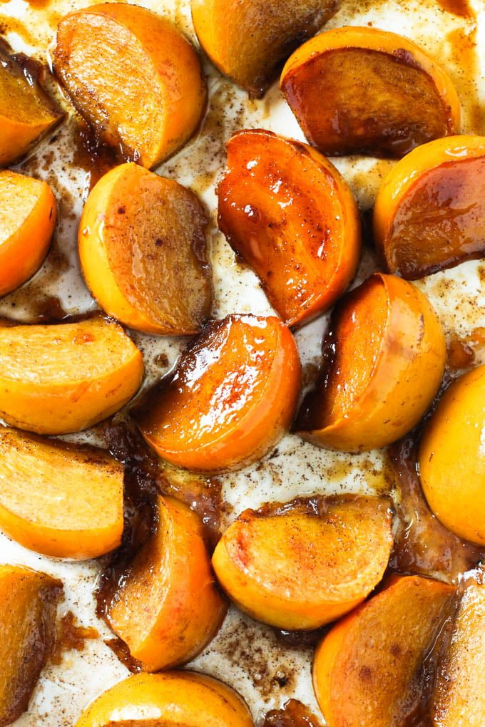 Baked persimmon slices.