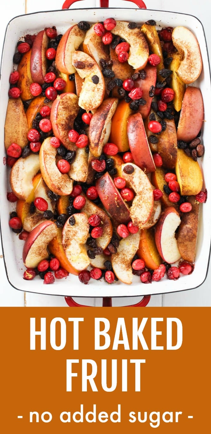 This delicious fall and winter baked fruit makes a perfect healthy dessert for Thanksgiving dinner, Christmas breakfast, or branch. You can also make it as meal-prep to enjoy with oatmeal, pancakes, or waffles. Hot spiced apples, pears, and persimmons are roasted in the oven without added sugar and are lightly sweetened with raisins. Very easy to make. #recipe #dessert #fruits #healthy #cleaneating